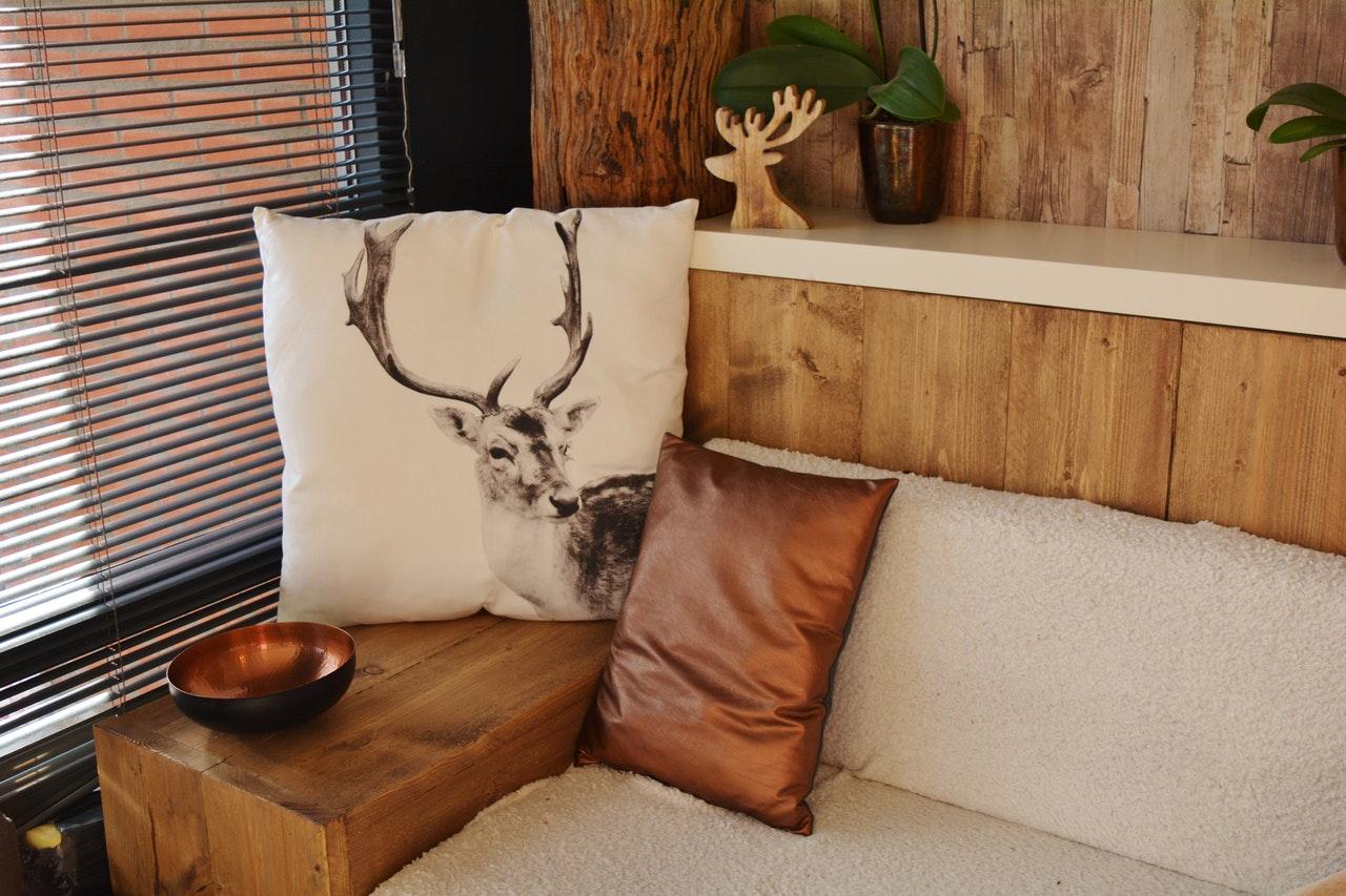 MIOMIO har et stort udvalg af møbler, både online og i deres butik